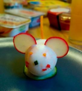 Ei liebevoll dekoriert als Maus