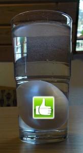 Wassertest: Ei ist frisch