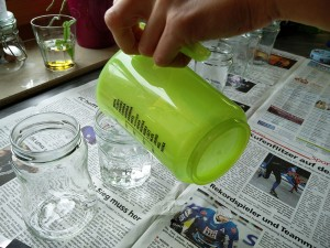 250 ml kaltes Wasser je Glas