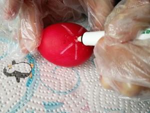 Eier mit Zauberstift bemalen